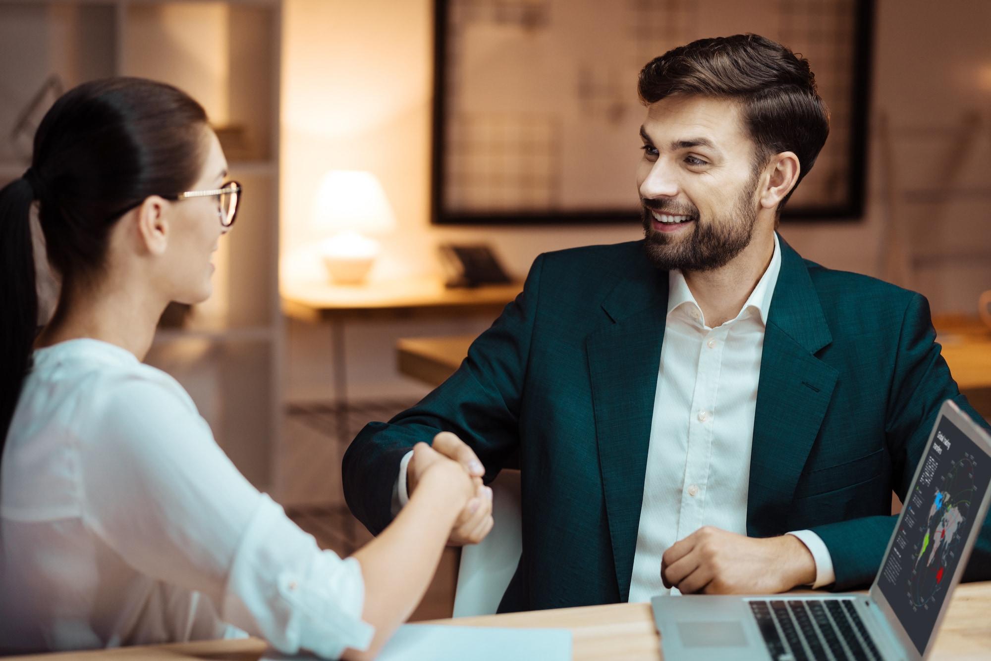 client-meeting-it-khoetech